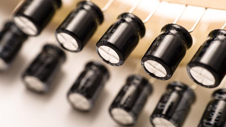تشخیص خازن های الکترولیتی ژاپنی