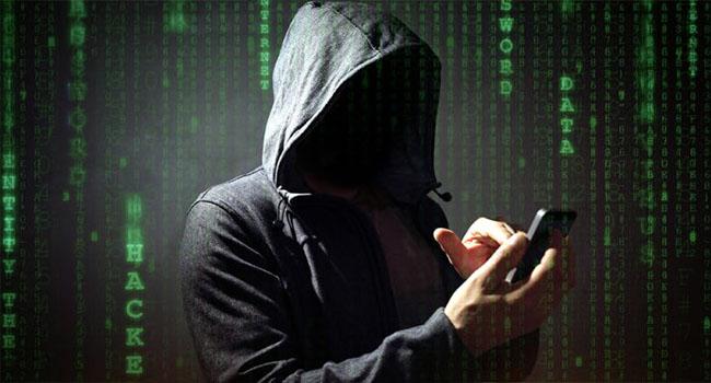 چگونه متوجه شویم که گوشی ما هک شده است؟