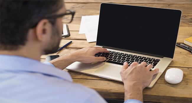 روشهای رفع مشکل سیاه شدن صفحه کامپیوتر و لپتاپ