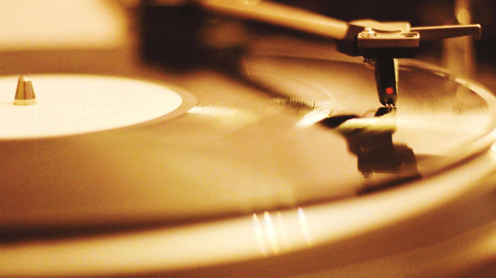 معرفی بهترین برنامه های تشخیص آهنگ اندروید